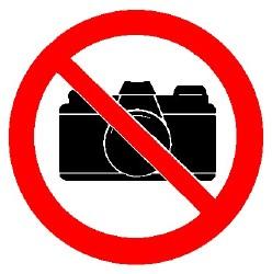 Kuwait prohibe el uso de camaras reflex